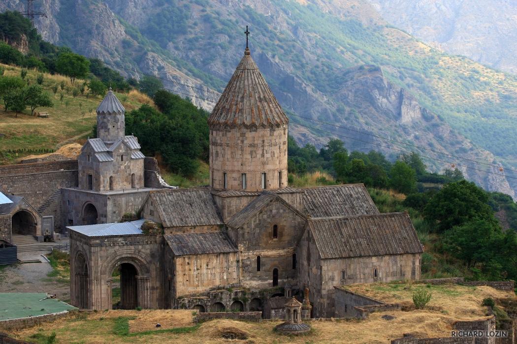 Монастырь Татев в Армении: Как добраться? Тур самостоятельный